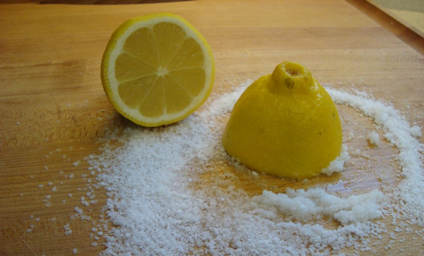 10 Astuces incroyables avec du citron que vous deviez savoir