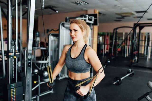 Tính khối lượng cơ bắp tối đa có thể tăng khi tập gym