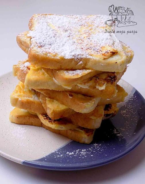 Pomysł na tosty z serkiem waniliowym