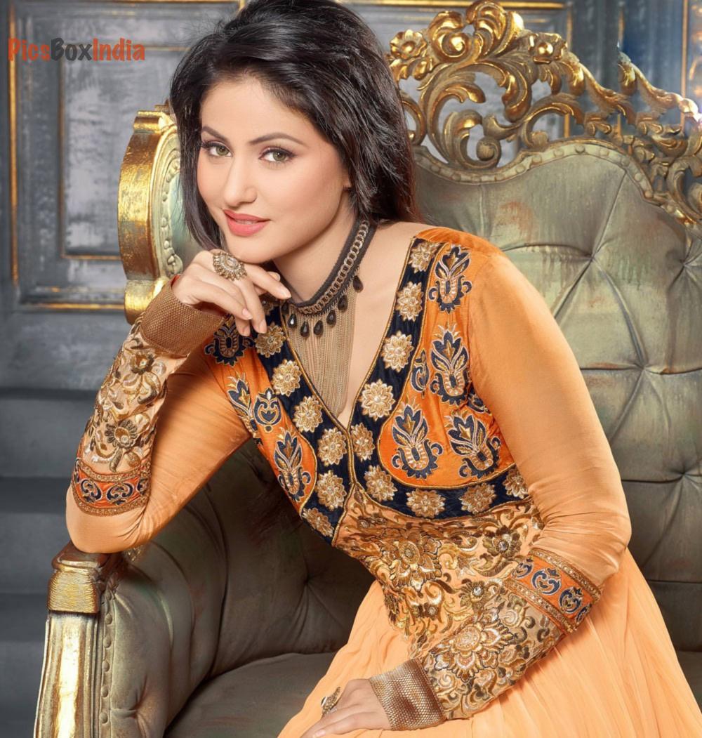 Hina Khan 29 Beautiful And Hot Photos Download Indian Celebrities