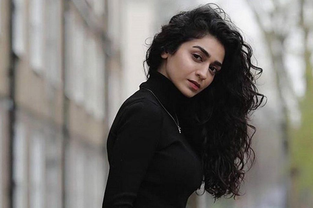 Hajra Yamin biography
