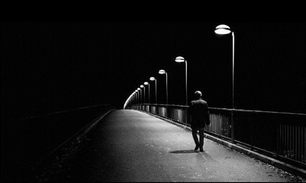 35 HÌnh ảnh avatar buồn màu đen dành cho nam khi thất tình