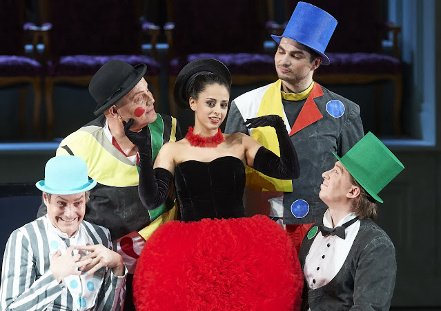 Strauss: Ariadne auf Naxos - Hila Fahima as Zerbinetta - Vienna State Opera (Photo Michael Pohn)