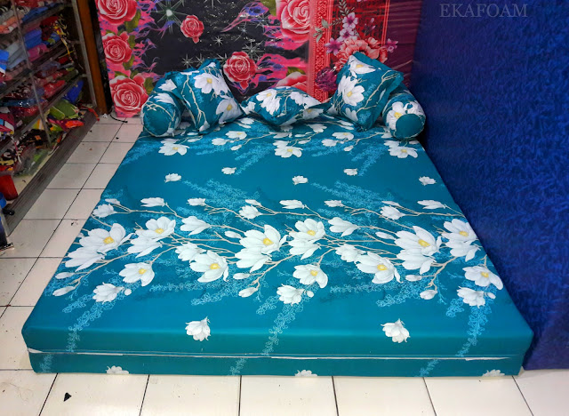 Sofa bed inoac motif Bunga Alya Tosca/ ijo pupus
