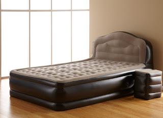 Необычное в повседневном: надувная мебель