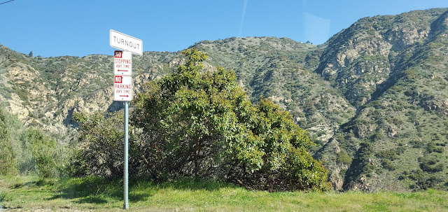 photo of the Santa Monica Mountains in Southern California