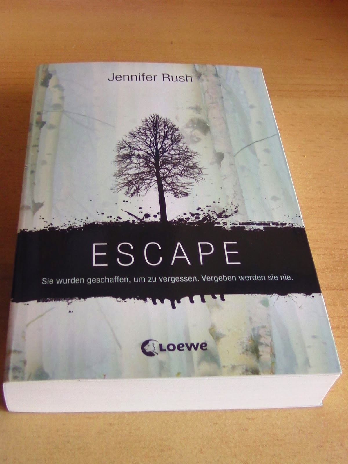 http://www.amazon.de/Escape-Jennifer-Rush/dp/3785575165/ref=sr_1_1?s=books&ie=UTF8&qid=1424981920&sr=1-1&keywords=escape