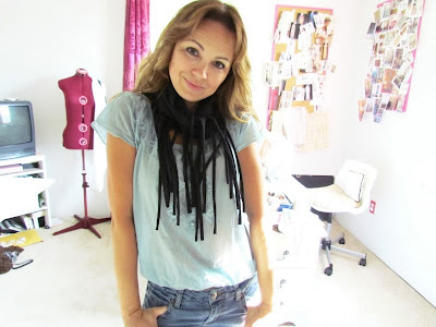 DIY Scarf, No sew scarf, Easy Craft, Fringe Scarf, fringe, T-shirt Scarf