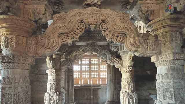 saas bahu mandir or sahastrabahu temple nagda udaipur