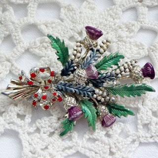 Scottish enamel brooch by Exquisite