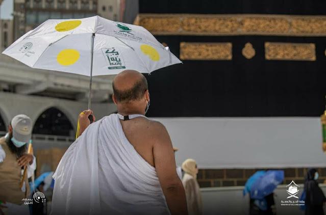 """حج 2020 :صور لحجاج بيت الله في المسجد الحرام لتأدية """"طواف القدوم"""" في ظل جائحة كورونا."""
