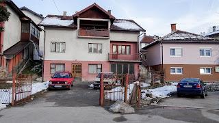 Old Golf 1 outside a bosnian house
