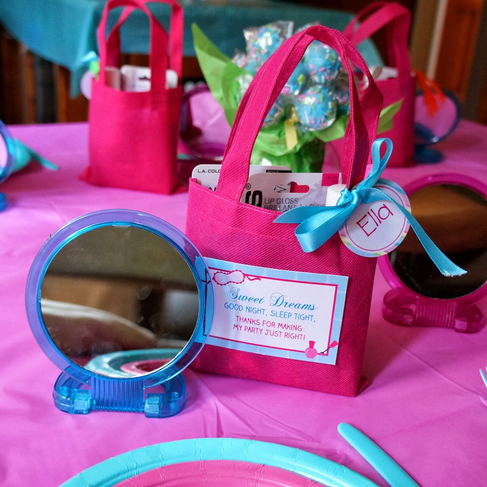 SANDRA M DESIGNS: Real Party: 7th Birthday Slumber Party