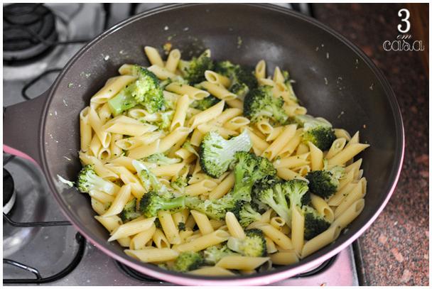 brócolis para macarrão