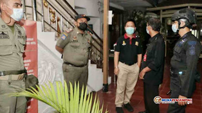Cegah Covid-19, Sejumlah Pelaku Usaha Patuhi Surat Edaran Wali Kota Tentang PPKM di Kota Medan