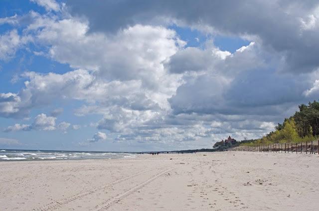 chmury Łeba, miasto, wygląd plaży