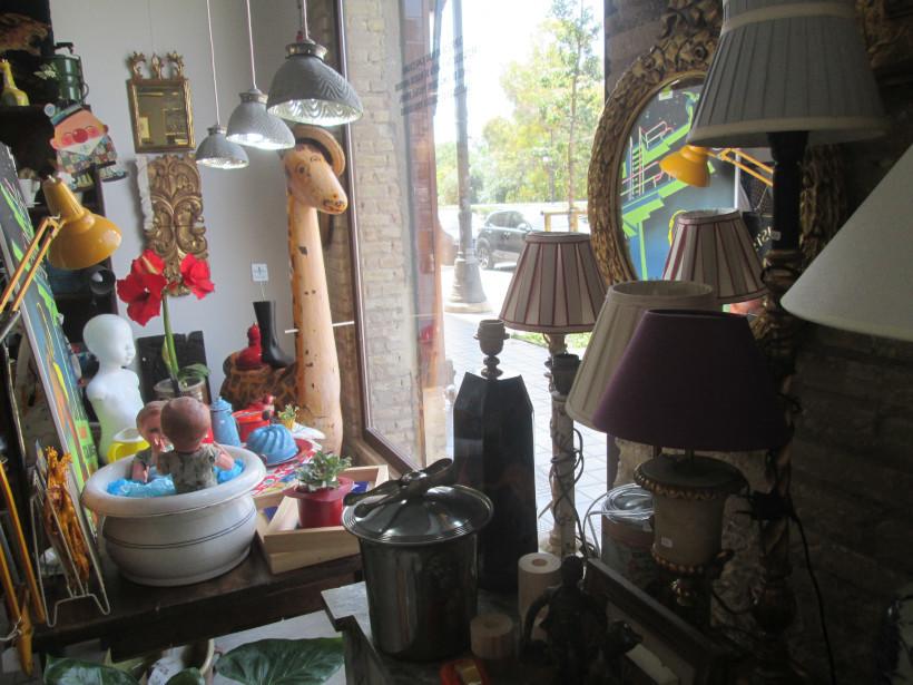 La Jirafa, reatauración, venta artículos decoración vintage y cursos de dorado