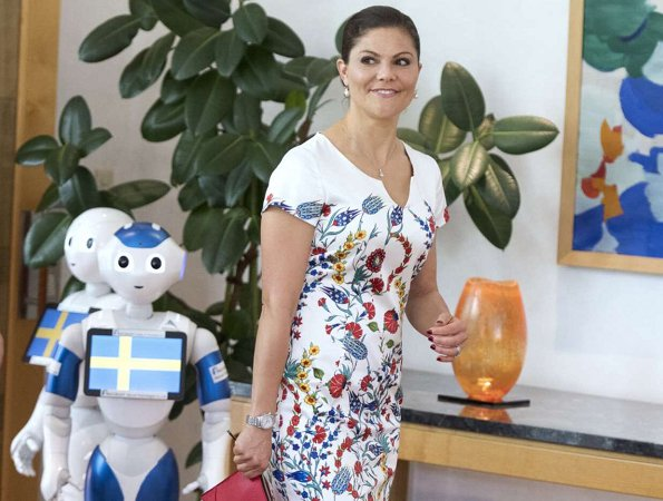 Crown Princess Victoria wore Camilla Thulin Angela Tulpan Dress, Crown Princess Victoria wore Stylein Bianca Coat