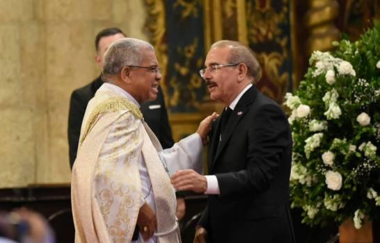 Iglesia llama a líderes políticos a firmar compromiso