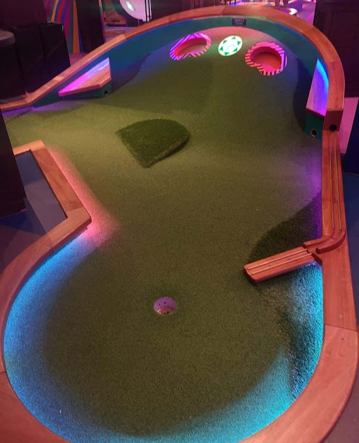 Puttshack Super-Tech Mini-Golf at Lakeside by Stephen Skinner, August 2020