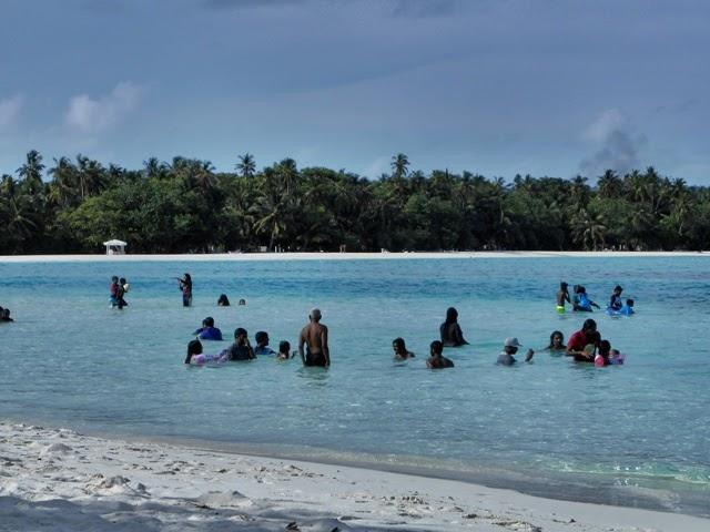 Las playas de Diffushi al atardecer