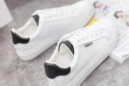 Bebas Melangkah dengan Sepatu Sneakers
