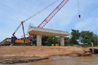 http://vnoticia.com.br/noticia/2818-obras-da-ponte-da-integracao-no-norte-fluminense-sao-retomadas