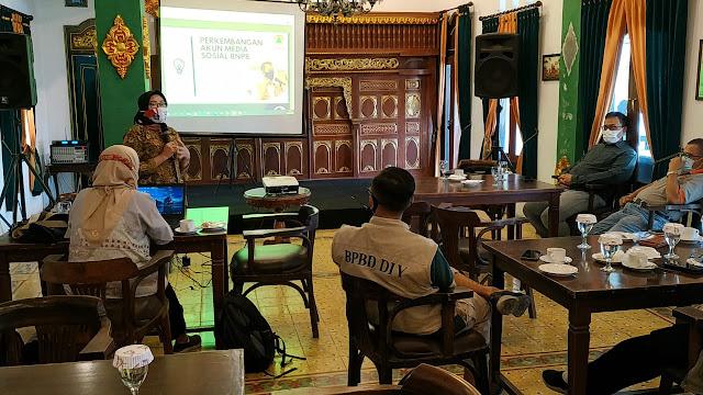 Komunitas Medsos Yogya Lakukan Gotong Royong Virtual Akhiri COVID-19