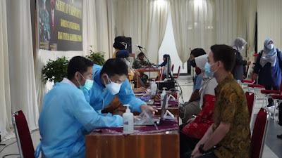 Danrem 071/Wijayakusuma Laksanakan Serbuan Vaksin di Universitas Jenderal Soedirman