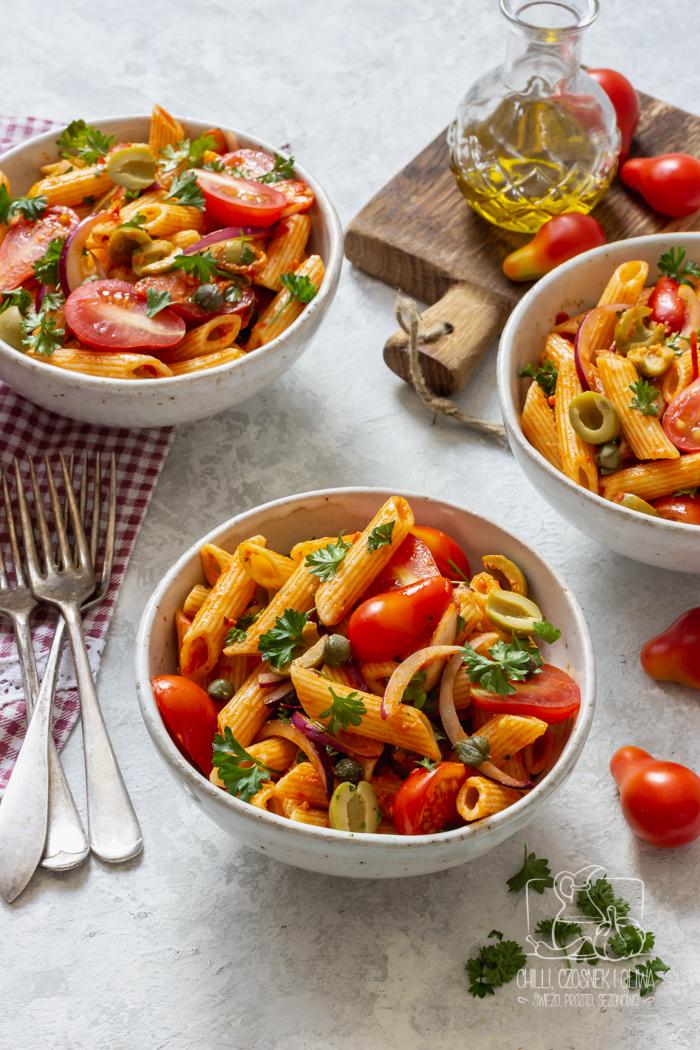 Sos pesto - do czego go wykorzystać? 5 prostych przepisów z sosem pesto