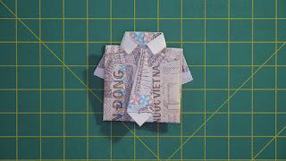 Hướng dẫn cách gấp áo sơ mi bằng tiền giấy đơn giản