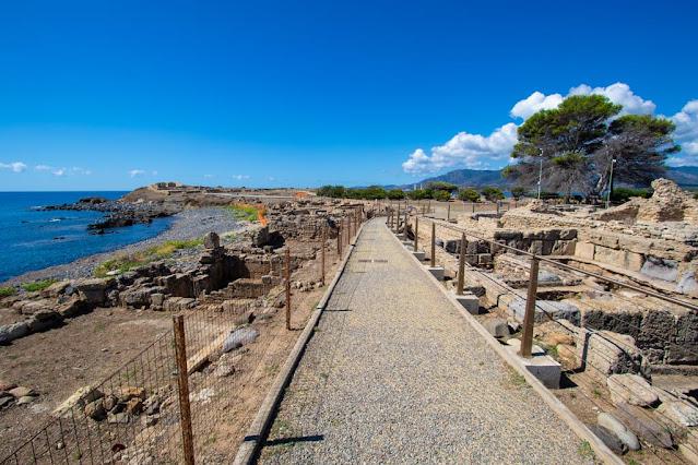 Area archeologica di Nora-Quartiere cartaginese e artigiano