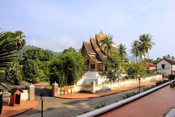 Luang Prabang Palais Royal vu depuis la colline Phou Si