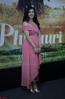 Anushka Sharma with Diljit Dosanjh at Press Meet For Their Movie Phillauri 010.JPG