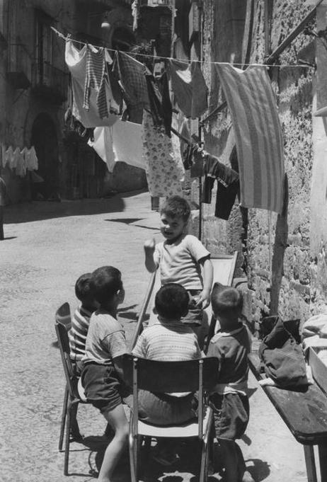 Pho·tog Friday: Henri Cartier-Bresson (Part IV: 1960s ...
