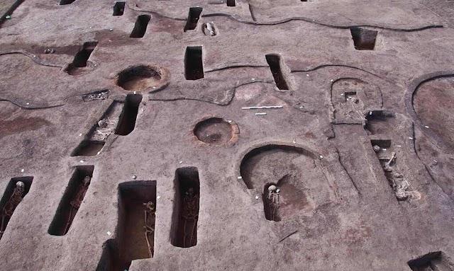 Αίγυπτος - Σπουδαία αρχαιολογική ανακάλυψη: Βρέθηκαν αρχαίοι τάφοι της εποχής πριν από τους Φαραώ