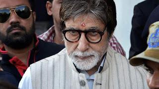Amitabh-Bachchan-says-doctors-looking-at-him-in-jodhpur