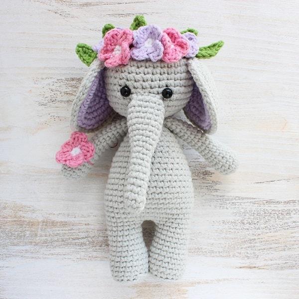 Top 25 amigurumi crochet patterns - Gathered | 600x600