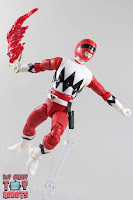 Lightning Collection Lost Galaxy Red Ranger 28
