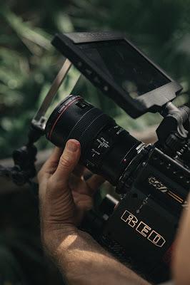 Lensa Canon EF