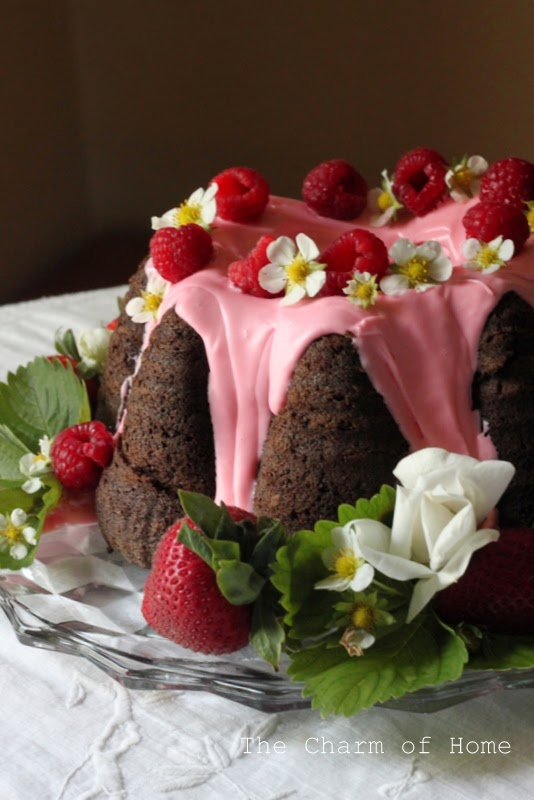 Strawberry & Fudge Naked Cake