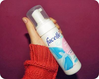 Pianka Facelle Intim - czy nadaje się do mycia włosów, twarzy i ciała?