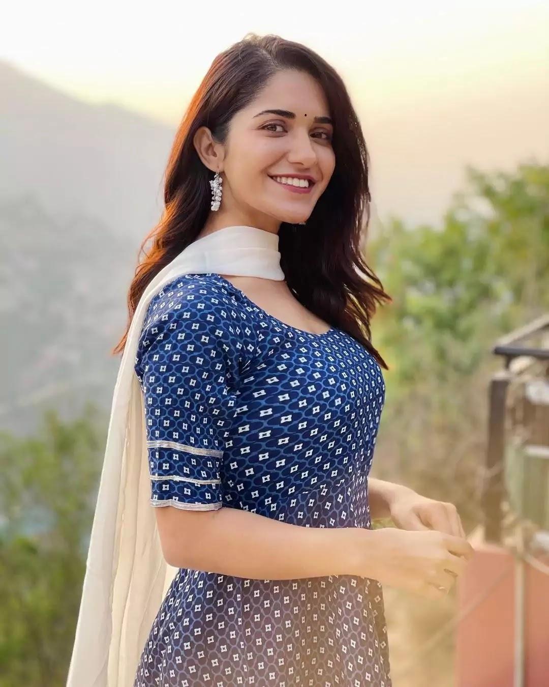 ruhani-sharma-in-indigo-printed-salwar-suit