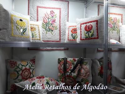 Artesanatos variados que vi na Rio Patchwork Design