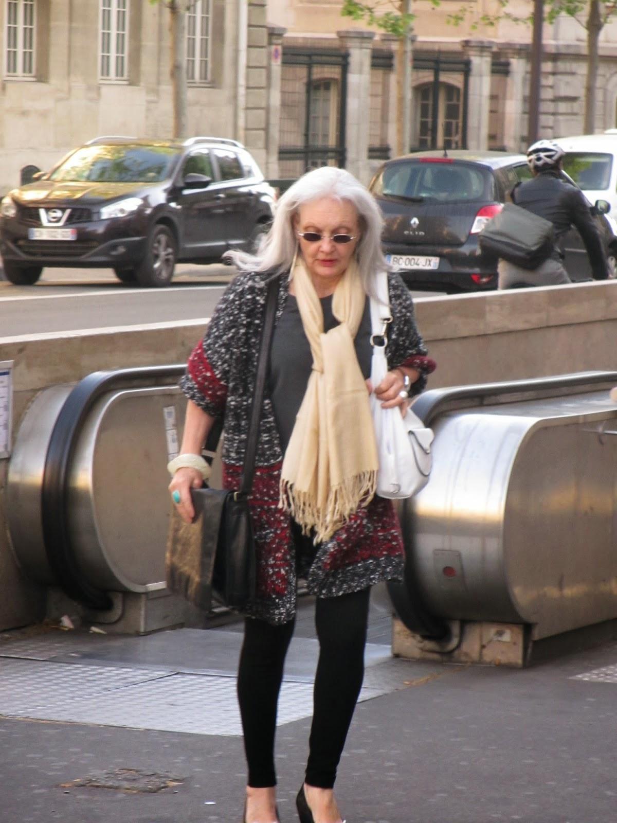 April in Paris: What real women wear - Passage des Perles