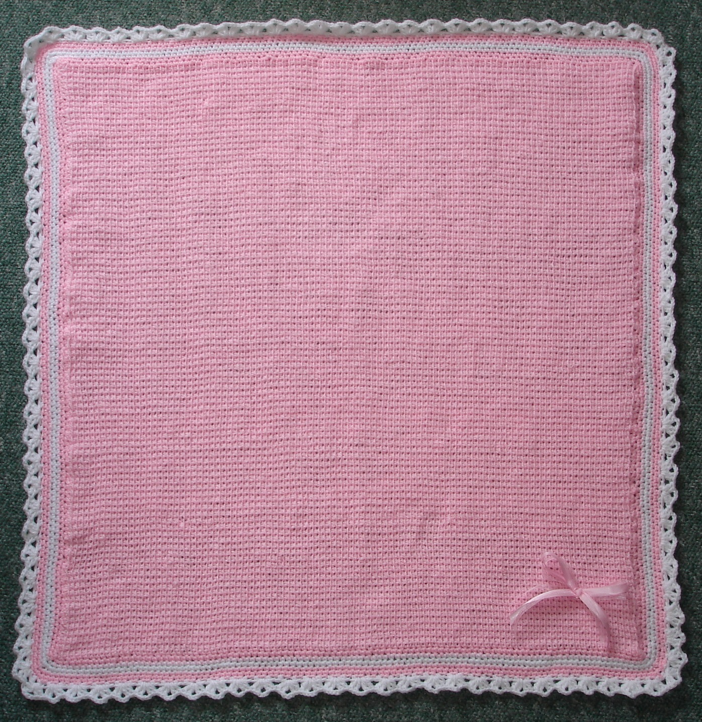 Marianna's Lazy Daisy Days: In The Pink Baby Blanket