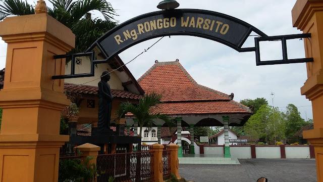 Ramalan RONGGO WARSITO di INDONESIA 2020