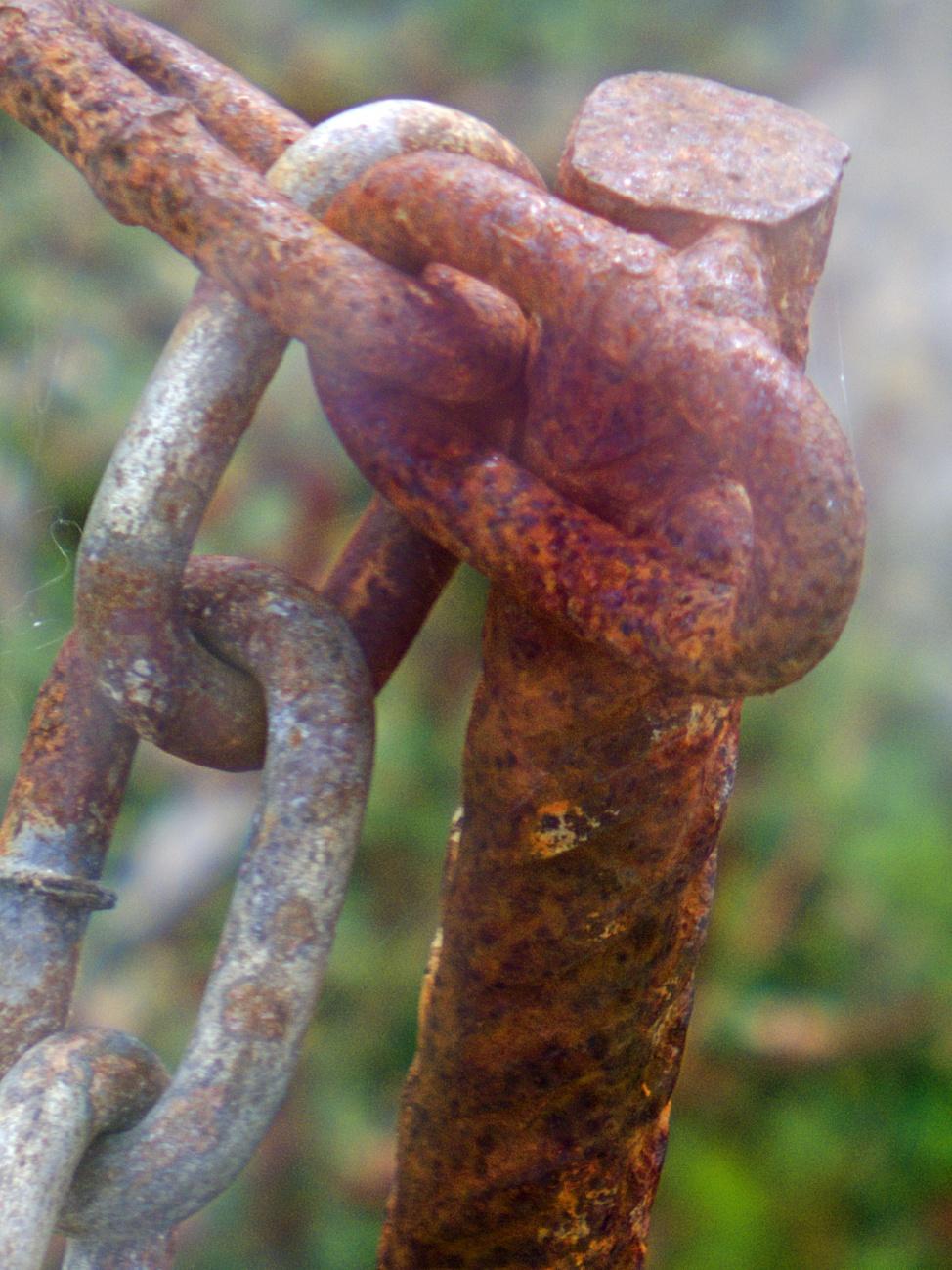 Vollpfosten, Hohlpfosten und Pfosten im Allgemeinen (35) — Rostiges #7 — Es geht noch rostiger