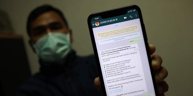 Menkominfo Luncurkan Fasilitas Obrolan Elektronik Chatbot Covid-19 Melalui WhatsApp