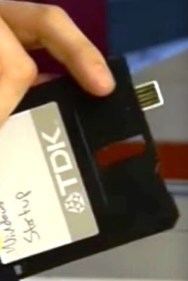 Modifikasi Disket Menjadi USB Flash Drive - Unik Berbeda